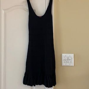 Black metallic ruffle bottom dress 🖤